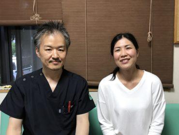 痛みは治療前の3割程度に軽減。先生の鍼は触れる感覚すらほぼない程で拍子抜けしてしまうほどでした。